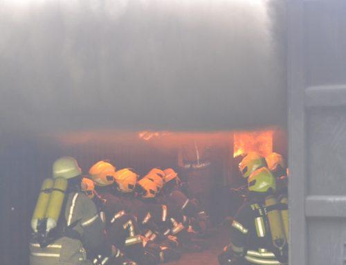 Ausbildung für 15 Kameraden in der Rauchgasdurchzündungsanlage (RDA) in Winnenden
