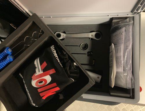 """Türöffnungswerkzeug der Feuerwehr Berglen wurde Dank Just Pack ordentlich """"verpackt"""""""